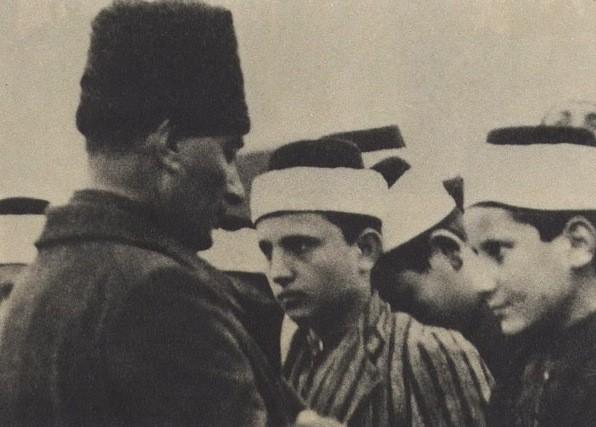 Atatürk ve Oflu İmam