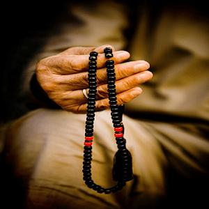 İslam'ın Hayatiyetine Bağlanmamız Gerekmektedir